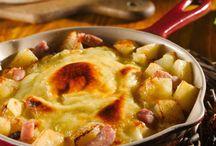 Pommes de terre,lardons ,reblochon.