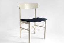Chairs/ Sillas
