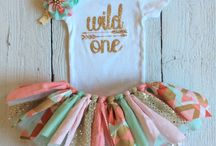 1st Birthday Party Ideas Girls / One year old boho tribal birthday, party ideas, cakes invites, decorations
