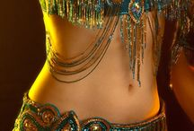 ORIENTAL WOMAN / Belly dancing