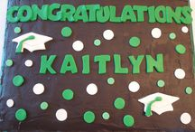 Graduation Cakes! / Cakes to celebrate graduates!