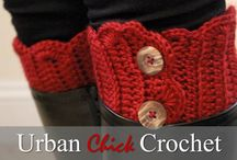 Boot Cuff Crochet Patterns / A collection of the best boot cuff patterns on the web. Collected by Lauren of Daisy Cottage Designs.
