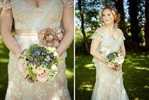 Dream Wedding Ideas <3 / by Erika Elliott