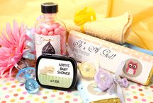 Baby Shower Favors / Picture perfect & cute as a button!