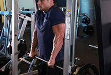 Omuz Kası Geliştirme Egzersizleri / Delta ve trapezus omuz kası geliştirmek için etkili egzersizler, shoulder press, delt raise hareketleri ve çok daha fazlası