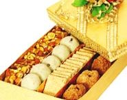 Lohri Gifts / Delicious & healthy Food Hampers & Gifts on this Lohri - http://www.primogiftsindia.com/lohri-518.html