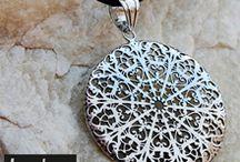 Collares Lesley / Algunos collares y colgantes de plata de Lesley Silver Design para distintos estilos.