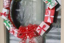 Christmas gift wreath