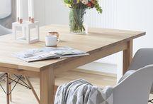 Dining room / Inspirationen zum Thema Esszimer: schöne Holztische und Stühle