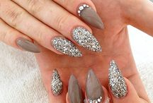 nails for me