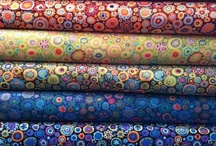 Fabrics, colours, combinations / Colours in harmony