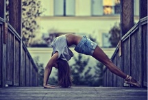 Urban Fitness / Fitness, stretching and yoga in urban landscapes