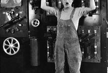 Charlie Chaplin Cinema  / https://www.youtube.com/watch?v=ocqfC06TVNI