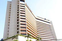Manila: Buildings
