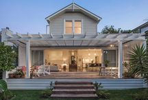 House Design External - beach hamptons clean lines / no fussy facades of the hamptons - beachy modernish lines?