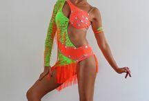 Carib táncruhák