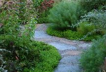 sentieri - paths / #idee ed #ispirazioni, per i #sentieri ed i #viottoli del mio #giardino http://giardinoindiretta.blogspot.it/
