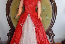 Vintage & Antique Dolls / by Julie Hutchins
