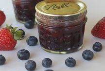 Homemade Jams, Jellies, & Fruit Butters / Canning up all things jam, jelly, fruit butter.