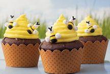 Cupcakes / by Rachel Zubair