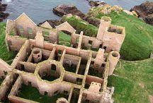 Castles, Chateau and Palaces / hrady, zámky, tvrze a zříceniny
