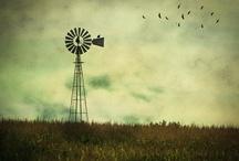 windpomp / by Lizelle van der Waal