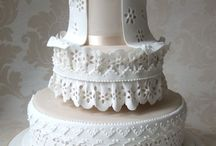 Cakes: White / by Bonnie Merchant
