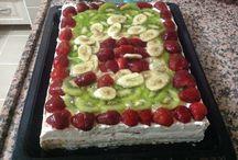 Meyveli pasta / Yaz meyveleriyle yapılmış