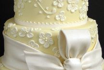 CAKE AND THE LOVE OF CAKE  / by Lynnette Edic