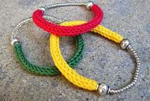jewelry / tricotin