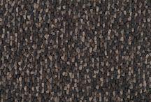 Wir ❤ Teppiche / Diese skandinavischen Teppiche werden aus ausgewählten Materialien feinster Qualität hergestellt und von indischen Webern nach ehrwürdiger Handwerkstradition gewebt. Bei der Herstellung wird ständig kontrolliert, dass die Arbeit unter sicheren Bedingungen von erwachsenen Webern ausgeführt wird. Außerdem wird durch eine Vereinbarung mit der Organisation 'Care&Fair' der gesamten Betrieb einer indischen Schule mit 350 Schülern finanziert. Auch Online bestellen unter http://www.spitzhuettl.de