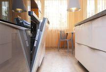 AMTICO - LUXUSNÍ VINYLOVÉ PODLAHY / Amtico International Ltd. byla založena v roce 1964. Amtico First je základní kolekcí LVT určenou zejména pro oblast bydlení. Skvělá cenová dostupnost, v kombinaci s praktičností a jednoduchou údržbou, otevírá možnosti použití opravdu všem! To jsou hlavní fakta, proč zvolit britskou kvalitu a její vlastnosti. Trendy a doba se neustále mění, odhodlání investovat do výzkumu, designu a nových technologií však pro Amtico zůstává trvalou konstantou na cestě k úspěchu.