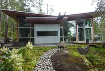 Modern Homes / by Jacqui Colby