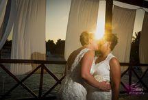 Same Sex Wedding Photography / Same sex wedding photography in a beach destination. Photography by Sarani