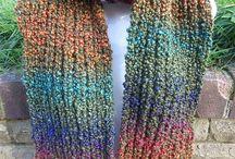 Knitting / by Lynn Aue