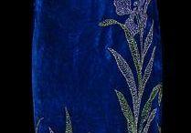 001. Синие платья.