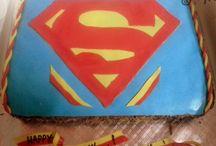 Delna's Superman emblem Cake / By I'm - Ashwathi and Michelle