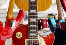les Paul Guitars / Les Paul Guitars