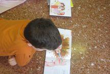 Nelle scuole / Da anni giriamo le scuole (beh siamo le Girando Libraie!!) portando libri, storie, incontri con le insegnati e corsi ....