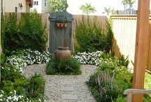 Hátsó kert rendezése