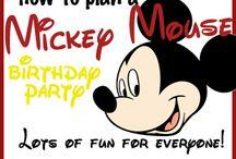Disney-themed party ideas / Lots of great ideas for Disney-themed parties. #Disneyland