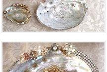 SeaShells, pearls & sand