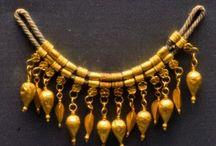 Jewelry / by Courtney Ratliff