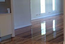 Pine floors OR Hardwood floors? / Floors with pine timber and floors with hardwood timber