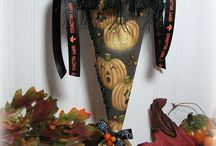 It's Fall Y'all! / Handmade Fall and Halloween Home Decor over at Shabby Cottage Shops!