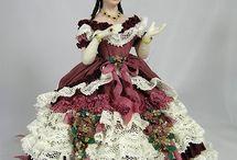 Dollhouse-Dolls-Miniature-Ladies