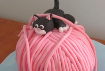 Cakes!  / Cupcakes and big cakes - cakes of every kind <3