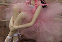 Dance / Alours on danse ~ Stromae