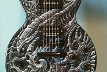 hudební nástroje / kytary, housle, basa.....
