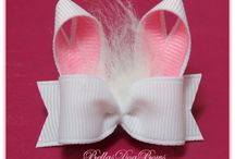 Bows-a-plenty / by Kelsey Wallace
